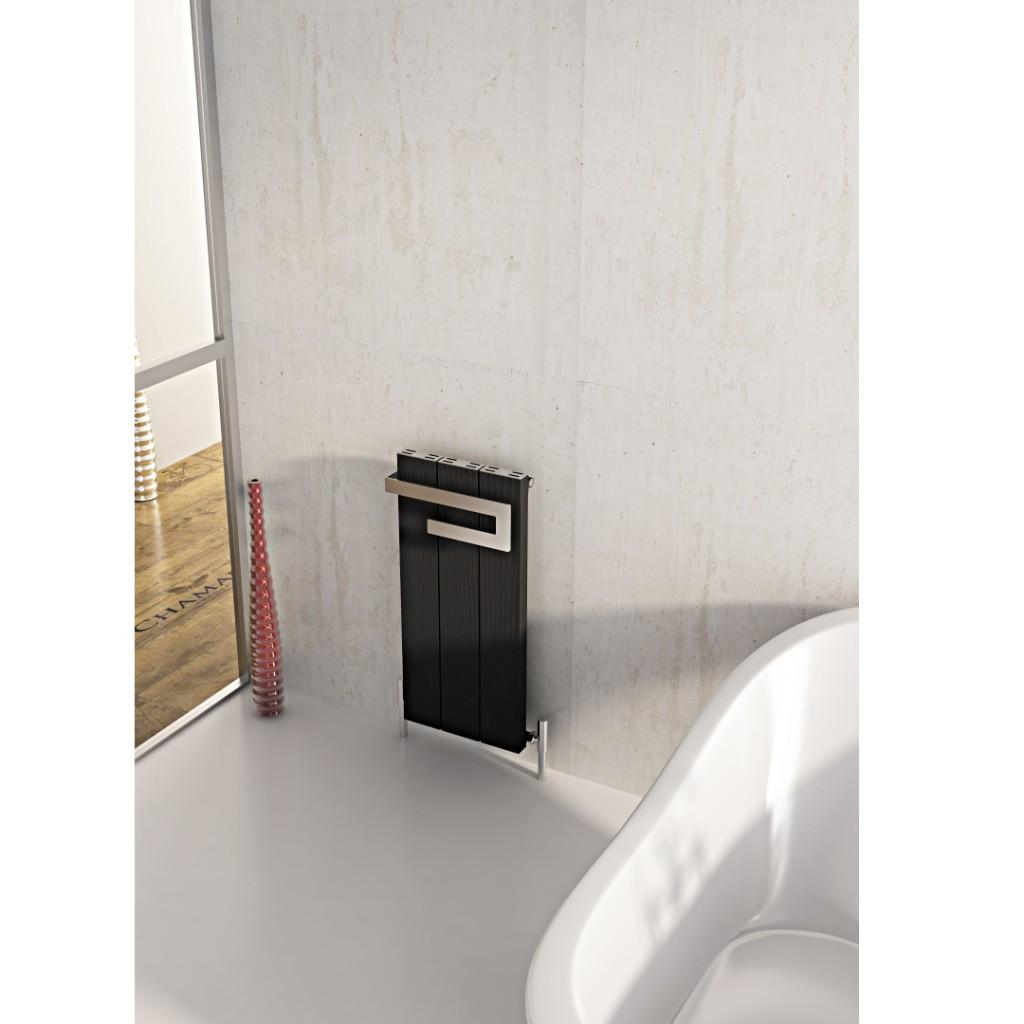 Carisa Elvino Bath Vertical Aluminium Radiator